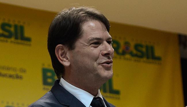 Ex-ministro Cid Gomes discorda de medidas tomadas por Dilma - Foto: Fábio Rodrigues Pozzebom | ABr | 09.04. 2013