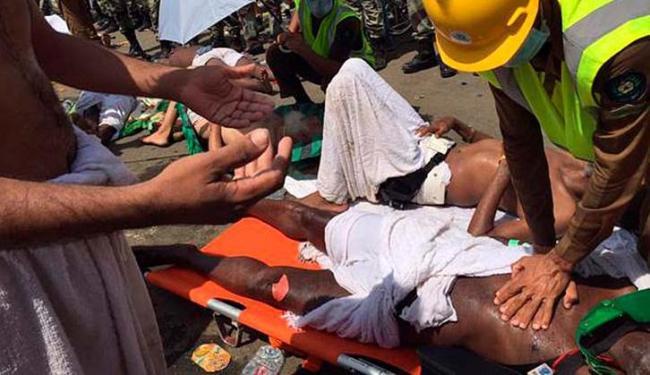 Muitas pessoas ficaram feridas num tumulto de peregrinos em Mina, perto de Meca - Foto: Agência Reuters