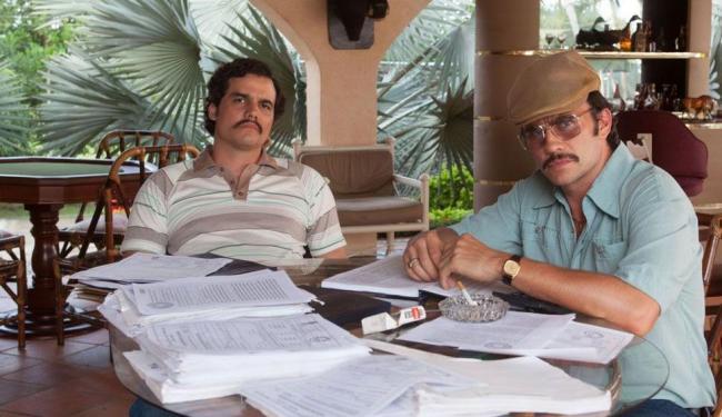 Narcos é protagonizado por Wagner Moura (E) - Foto: Divulgação