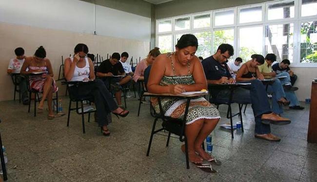Exame é fundamental para bacharel em Direito poder advogar - Foto: Fernando Vivas   Ag. A TARDE 03.12.2006.