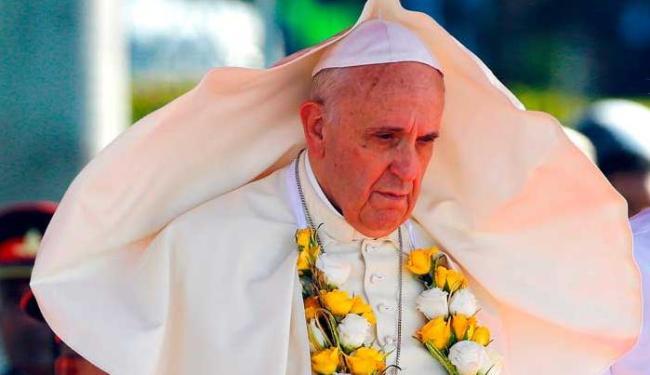 Francisco reafirma o princípio de indissociabilidade do casamento e recusa qualquer falta de rigor - Foto: Agência Reuters