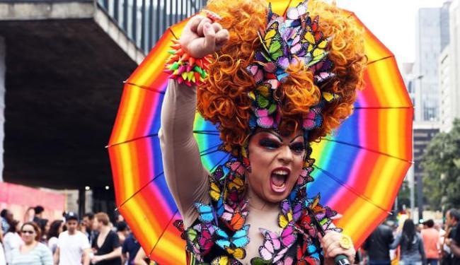 Resultado de imagem para fotos da parada gay em salvador
