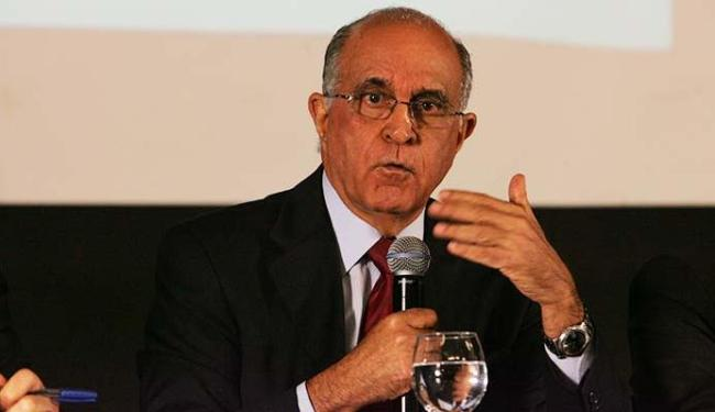 Secretaria da Fazenda, comandada por Paulo Souto, vai organizar força-tarefa - Foto: Marco Aurélio Martins | Ag. A TARDE
