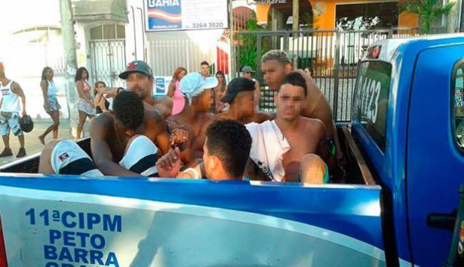 Suspeitos de envolvimento na confusão foram conduzidos para delegacia e liberados após depoimento - Foto: Divulgação | Polícia Militar