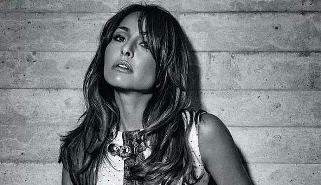 Sabrina contou que as últimas mudanças lhe deixaram mais madura - Foto: Fabio Bartelt | Revista Cosmopolitan