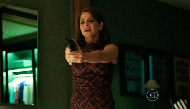 Penúltimo capítulo, Carolina finalmente descobriu o caso da filha Arlete/Angel - Foto: Reprodução   TV Globo