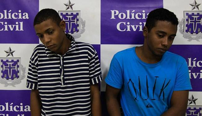 Ambulante e universitário foram detidos com revólver 38 - Foto: Adilton Venegeroles l Ag. A TARDE