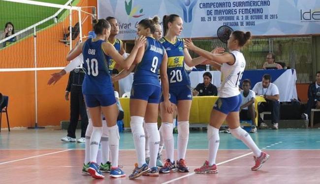 As meninas venceram o Chile por 3 sets a 0, com parciais de 25/16, 25/6 e 25/15. - Foto: Divulgação | CBV