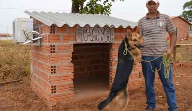 Wyomar não hesitou em instalar um ar-condicionado na casa de Hana - Foto: Reprodução | Guaraí Notícias