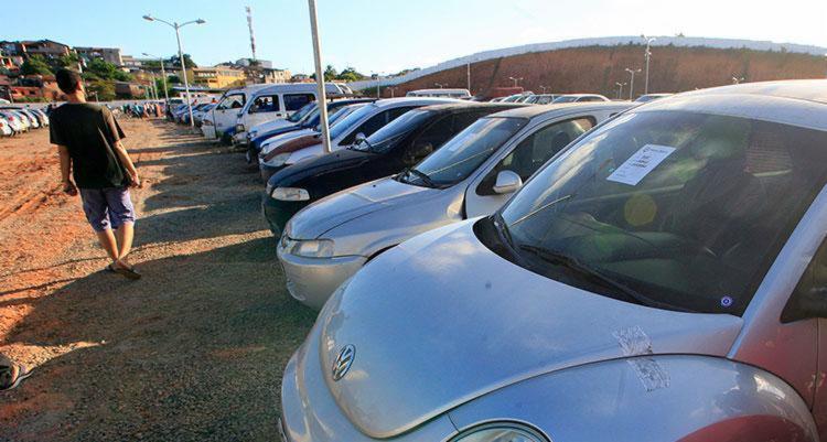 Na imagem de arquivo, carros no pátio do Detran - Foto: Lúcio Távora | Arquivo | Ag. A TARDE