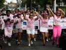 Caminhada atrai cerca de 300 pessoas à Cidade Baixa - Foto: Raul Spinassé l Ag. A TARDE