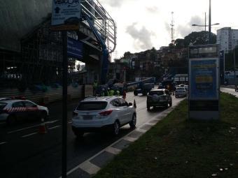 Segundo a Transalvador, os veículos devem trafegar pela marginal durante esse período - Foto: Foto: Juracy dos Anjos | Ag. A TARDE