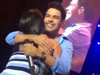 Zezé cantou música abraçado à namorada - Foto: Reprodução | Insagram