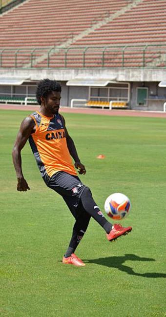 Atacante volta a ser uma das opções de Mancini no jogo do próximo sábado, 24 - Foto: Francisco Galvão | ECV | Divulgação