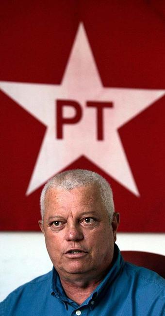 Everaldo Anunciação é presidente do PT na Bahia - Foto: Lúcio Távora | Ag. A TARDE | 01.10.2015