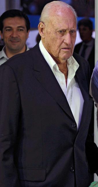 O candidato acusa o brasileiro de ter tentado esconder os escândalos de corrupção - Foto: AFP Photo   Vanderlei Almeida