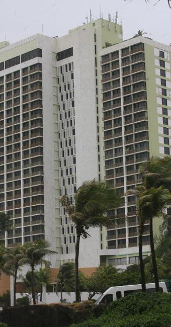 Gerência do Hotel Pestana Rio Vermelho vem mantendo fechados 120 quartos nos últimos dois meses - Foto: Arestides Baptista | Ag. A TARDE