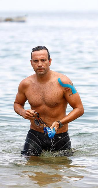 Ricardo Serravalle vai nadar a distância de 33 km - Foto: Adilton Venegeroles | Ag. A TARDE