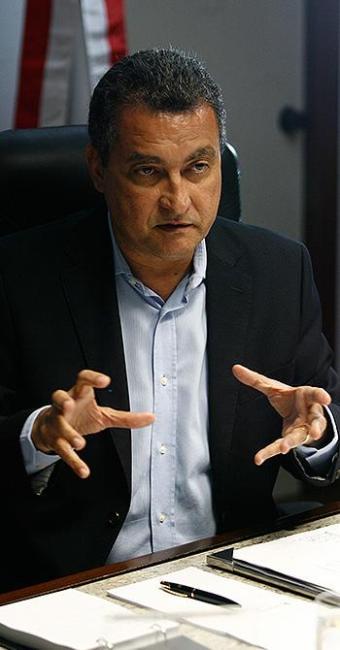 Rui Costa criticou os técnicos do TCU - Foto: Raul Spinassé   Ag. A TARDE