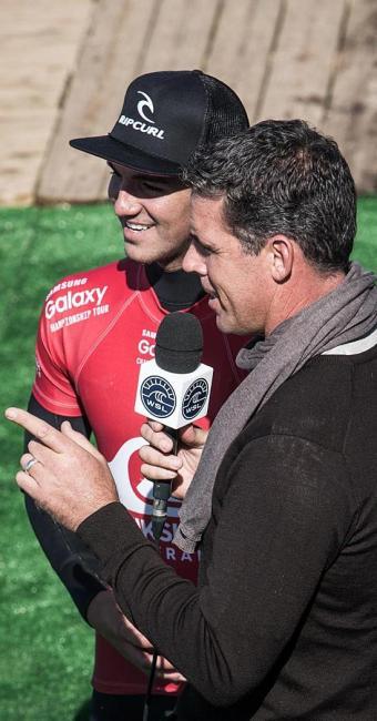 Gabriel Medina, com 14,33 pontos, venceu uma bateria - Foto: WSL | Poullenot | Aquashot