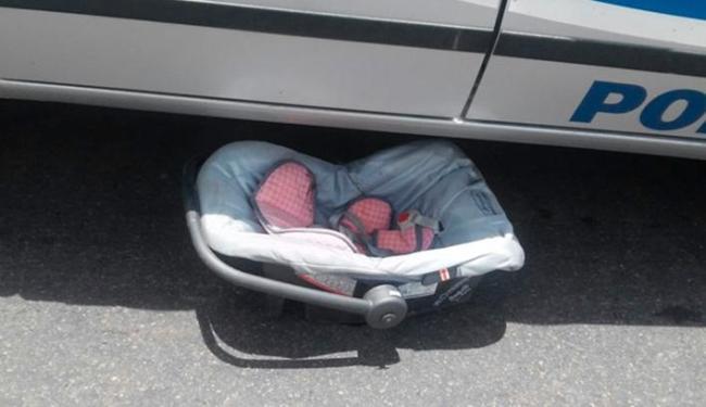 Cadeirinha foi projetada para fora do carro - Foto: Reprodução | Site O Povo News