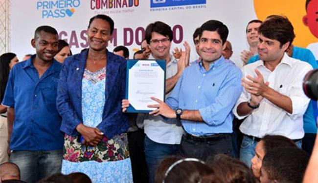 As ordens de serviço para construção imediata das unidades foram assinadas pelo prefeito - Foto: Divulgação l Agecom