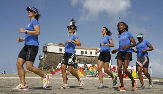 Entre os eventos esportivos, está a Meia Maratona Farol a Farol, no domingo - Foto: Marco Aurélio Martins | Ag. A TARDE