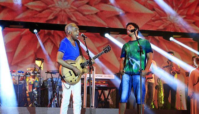 Gilberto Gil foi um dos convidados para a gravação e cantou com a Natiruts - Foto: Divulgação