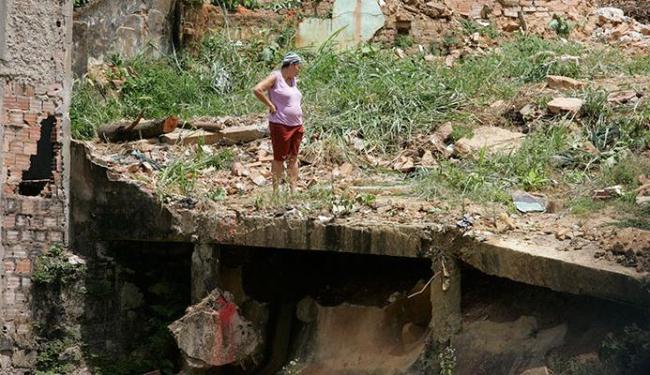 Encosta em Barro Branco cedeu na chuva e matou moradores do local - Foto: Marco Aurélio MArtins   Ag. A TARDE