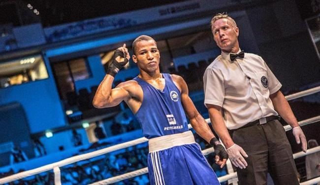 Ele vai lutar contra Elnur Abduraimov, do Uzbequistão pelo Mundial de Boxe, no Qatar - Foto: Divulgação | CBBoxe