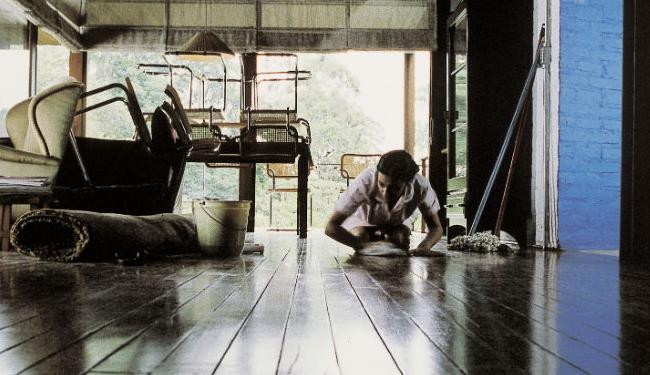 Patrões encontram dificuldade em fazer cadastro de empregadas domésticas - Foto: Gabriel Mascaro | Divulgação