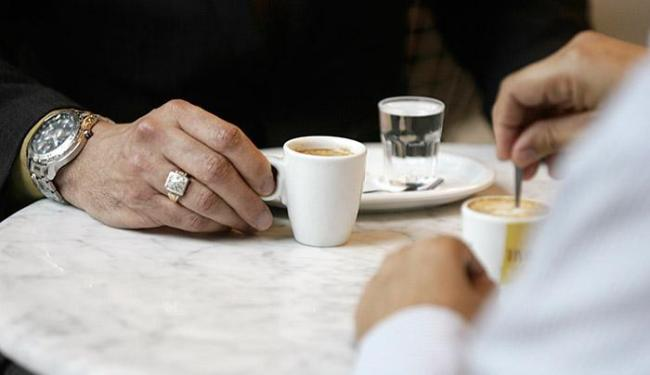 Café, um companheiro inseparável em comemorações ou momentos difíceis - Foto: Raul Spinassé l Ag A TARDE
