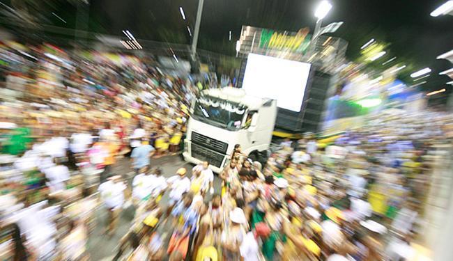 A oferta de patrocínio para os blocos de Carnaval está menor - Foto: Joá Souza | Ag. A TARDE