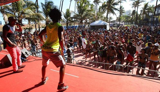 Celebração foi animada pelo som da banda de pagode Valverde & CIA - Foto: Margarida Neide l Ag. A TARDE