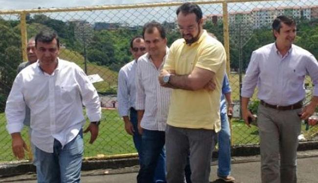 Representantes prefeitura estiveram na Toca do Leão para verificar as solicitações feitas em reunião - Foto: Divulgação