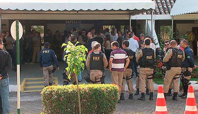 Corpo do policial foi sepultado na tarde deste sábado, 24 - Foto: Reprodução | TV Bahia