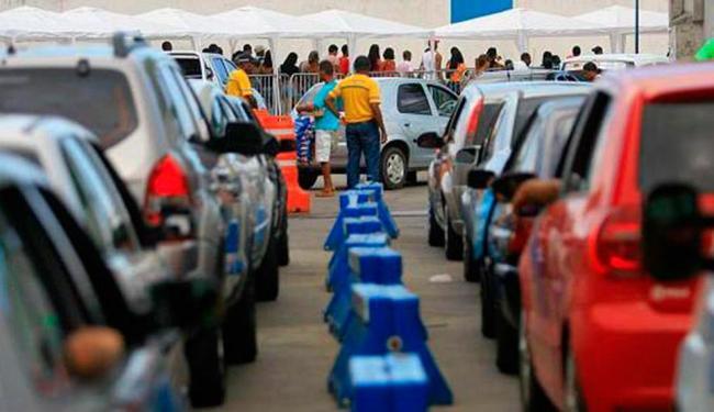 Veículos tem que esperar 1h30, em média, para embarcar no Ferry Boat - Foto: Joa Souza | Ag. A TARDE