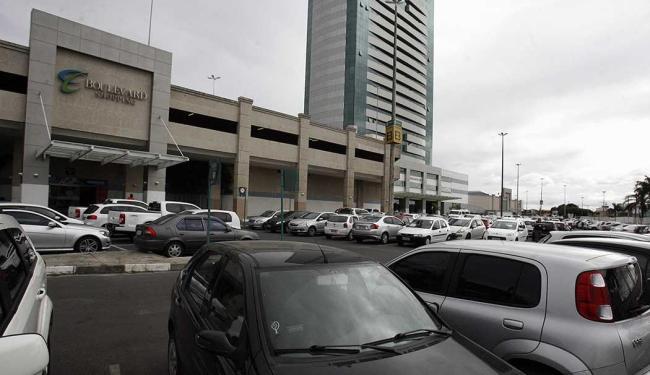 Shoppings iriam iniciar cobrança no dia 1º de julho - Foto: Luiz Tito   Ag. A TARDE