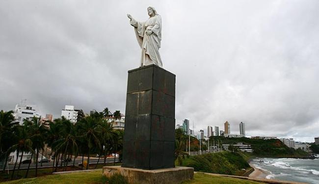 Estátua do Cristo, na Barra, foi produzida pelo italiano Pasquale De Chirico - Foto: Luciano da Matta | Ag. A TARDE