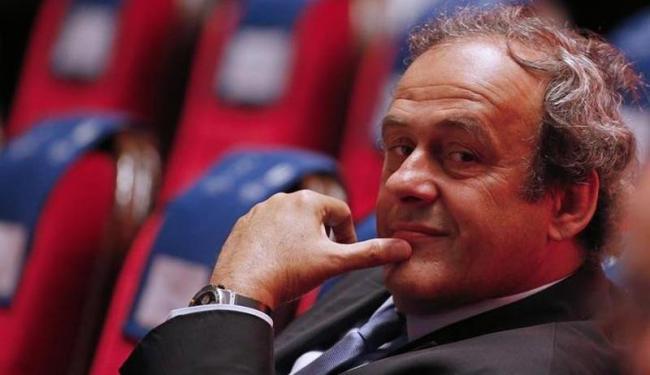 A associação inglesa indicou nesta sexta-feira preocupações sobre as explicações de Platini - Foto: Eric Gaillard   Agência Reuters