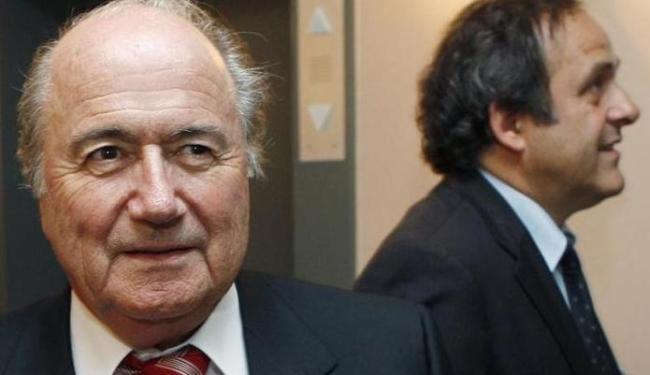 Blatter falou pela primeira vez sobre a transação desde que foi suspenso por 90 dias da presidência - Foto: Thierry Roge | Agência Reuters