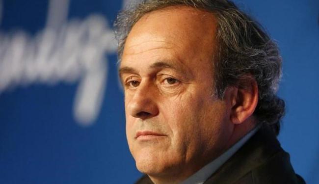 Platini foi suspenso por 90 dias após de suspeitas de um pagamento de US$ 2 mi entre Blatter e ele - Foto: Charles Platiau   Agência Reuters