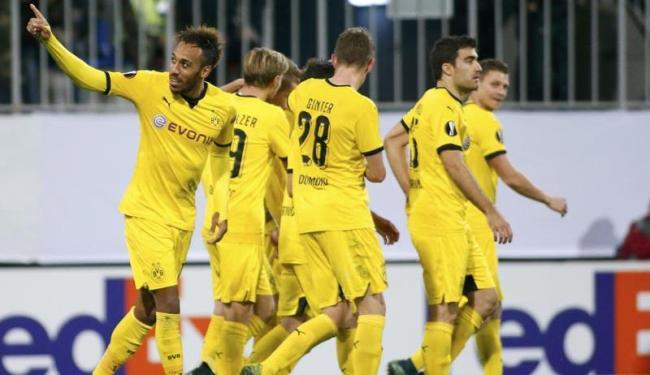 O resultado manteve a invencibilidade do Borussia, que chegou aos sete pontos - Foto: David Mdzinarishvili   Agência Reuters