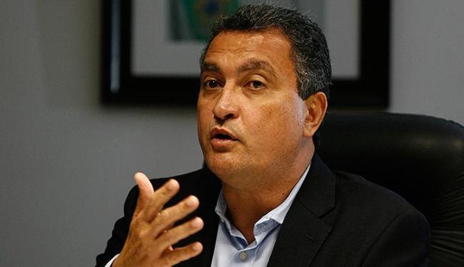 O governador Rui Costa lamentou na noite deste sábado a morte do piloto - Foto: Raul Spinassé | Ag. A TARDE