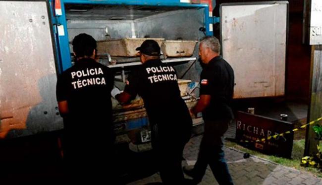 Agentes da Polícia Técnica estiveram no local para remover os corpos - Foto: Reprodução | Site Mais Regiao