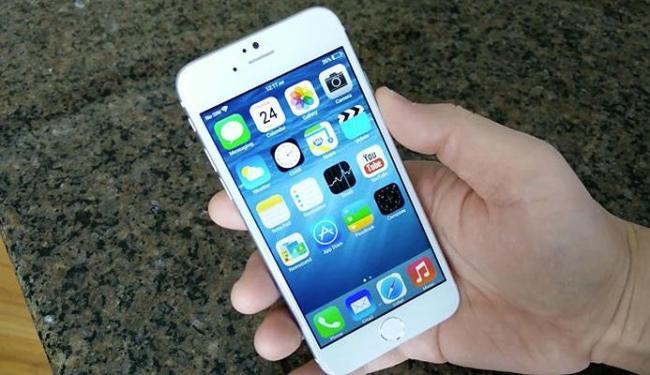 Usuários do iPhone checam o celular 8 vezes a cada hora - Foto: Reprodução   Powerpage.org