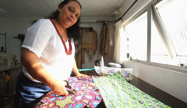 Kátia Brochado gasta todo mês R$ 135 com o escritório virtual - Foto: Joá Souza | Ag. A TARDE