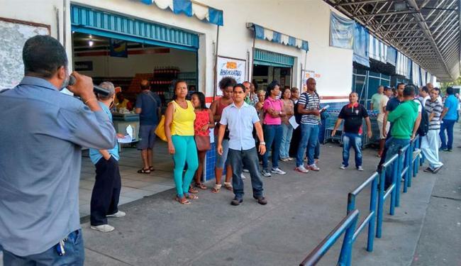 Funcionários da Ebal temem demissão - Foto: Edilson Lima | Ag. A TARDE