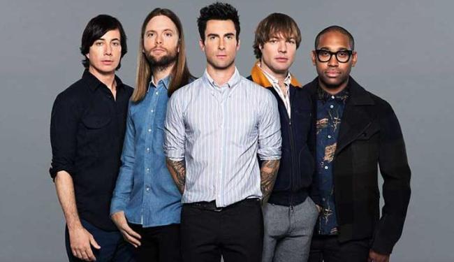 A banda Maroon 5 apresenta a turnê do disco