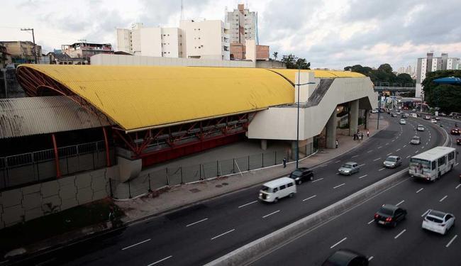 Torcedores do Bahia podem desembarcar na estação Brotas para acessar a Arena - Foto: Mila Cordeiro   Ag. A TARDE